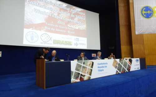 1ª sesión de presentaciones, bajo la coordinación de Audun Lem, de la FAO
