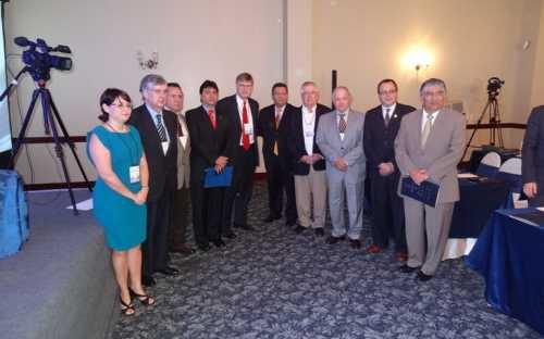 Organizadores y participantes del Foro