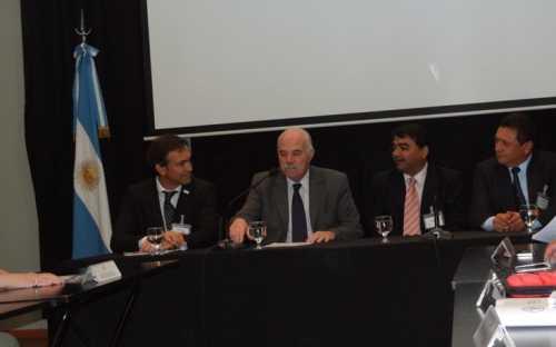 apertura de la XIII reunión de COPESCAALC por el Ministro Carlos Casamiquela, de Agricultura, Ganaderia y Pesca