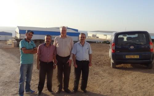 Roland Wiefels en visita a finca de maricultura en Ain Temouchent