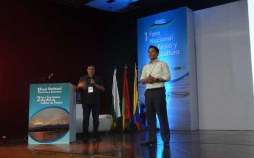 Amorn Lueng, presentando los sistemas de produccion de tilapia en Asia