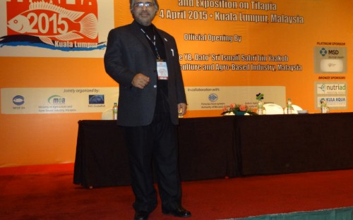 R.S.N. Janjua, de Pakistan, co-editor del libro